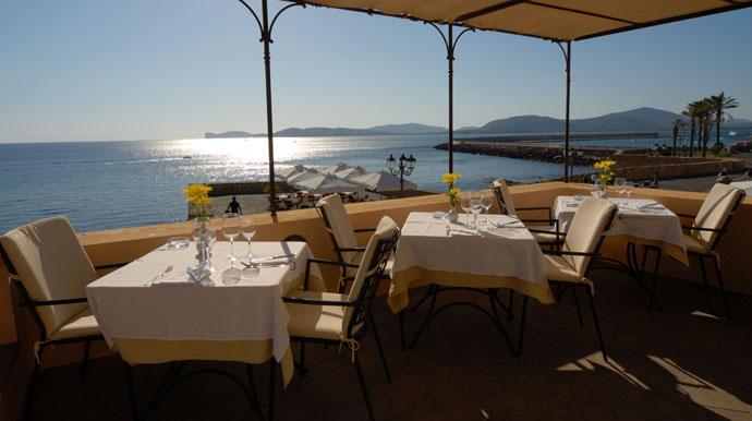 Vista del Golfo di Alghero dalla terrazza del ristorante