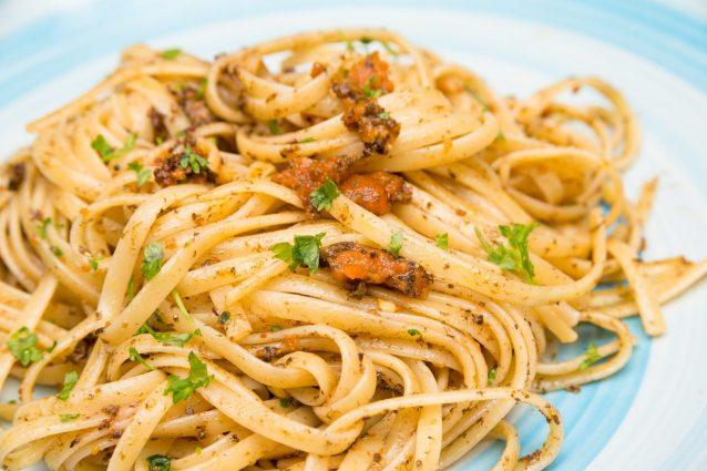 Piatto di Spaghetti ai Ricci di Mare o Bogamarì