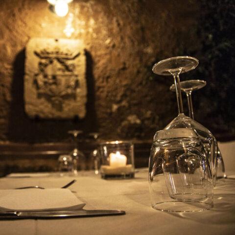 L'interno del ristorante Mirador di Alghero